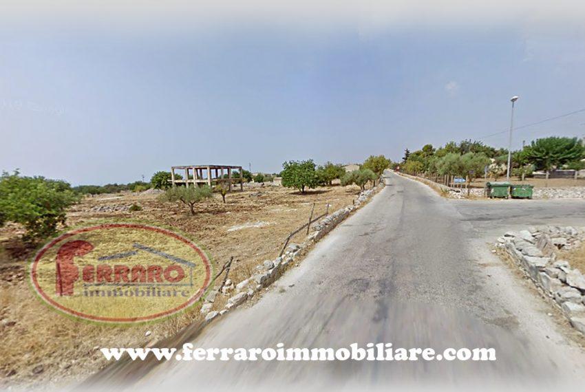 fabbricato-su-due-livelli-con-terreno-strada-scicli-santa-croce-camerina-ragusa-sicilia