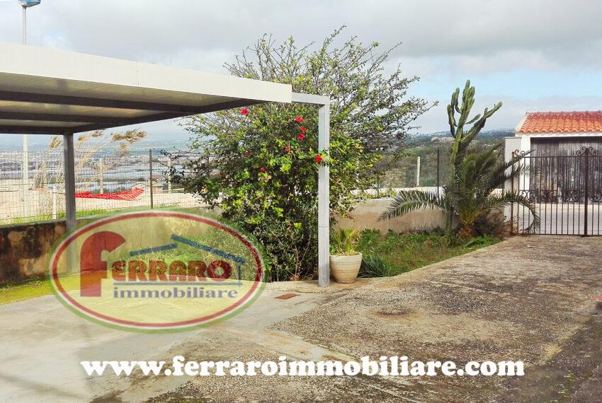 casa-singola-in-vendita-veranda-terrazzo-garage-via-Giovanna-d-Arco-Cava-d-Aliga-scicli-ragusa-sicilia