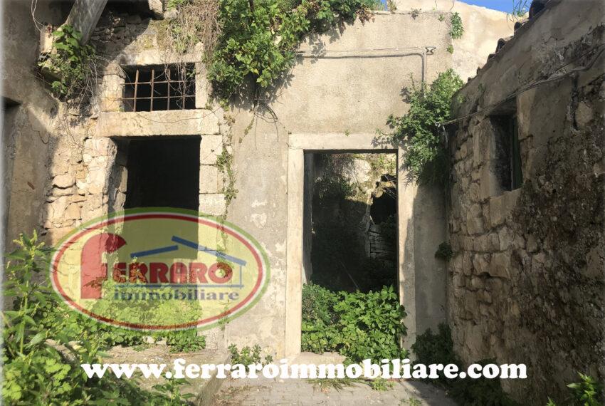 casa-singola-da-ristrutturare-via-loreto-contrada-Dente-Modica-ragusa-sicilia