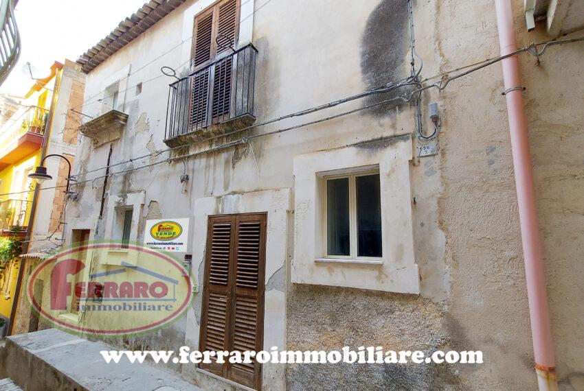 casa-singola-via-monviso-scicli-centro-storico-sicilia
